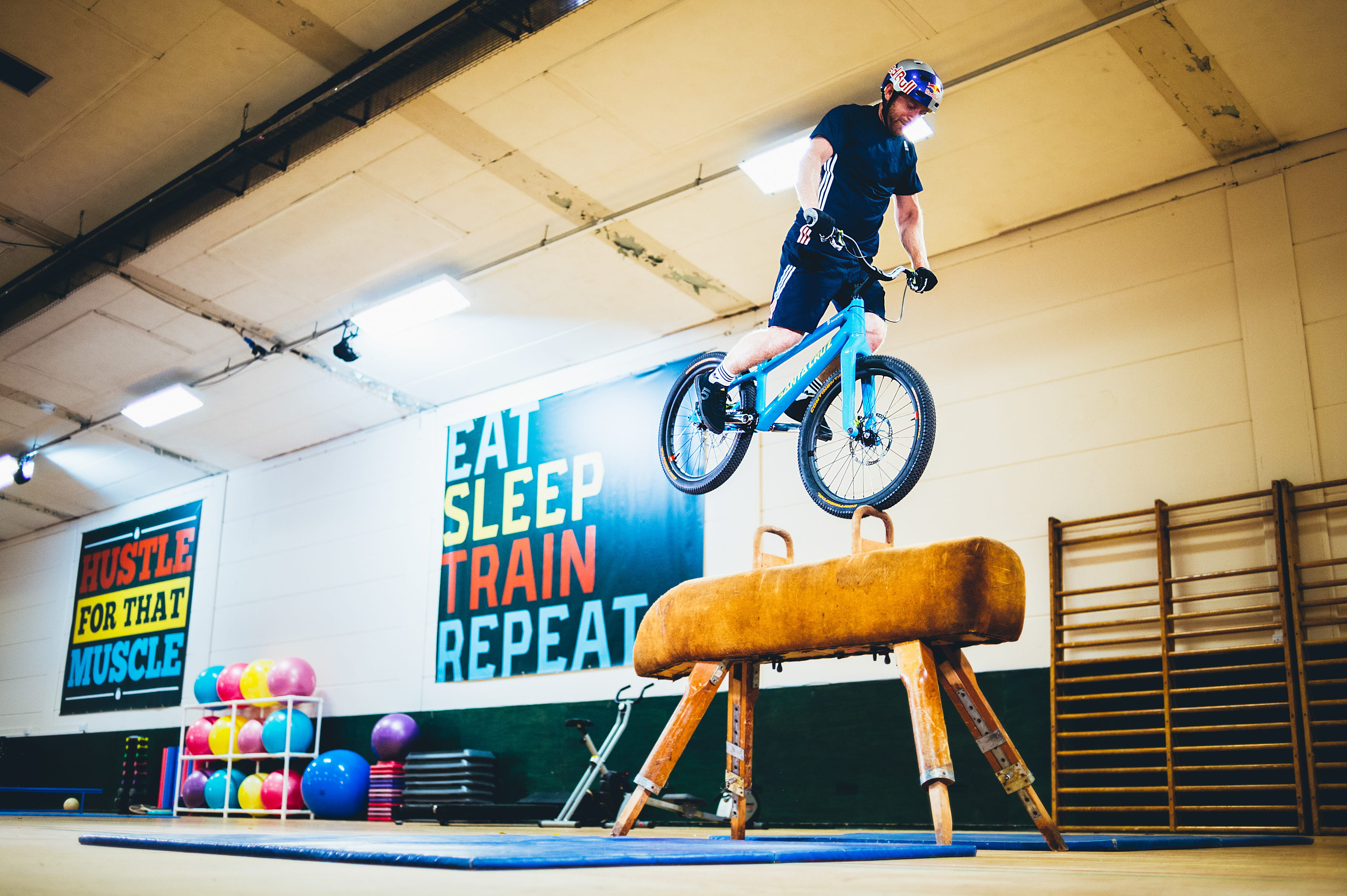 Danny-MacAskill_Gymnasium_-c-_RedBullContentPool_Fred_Murray-20